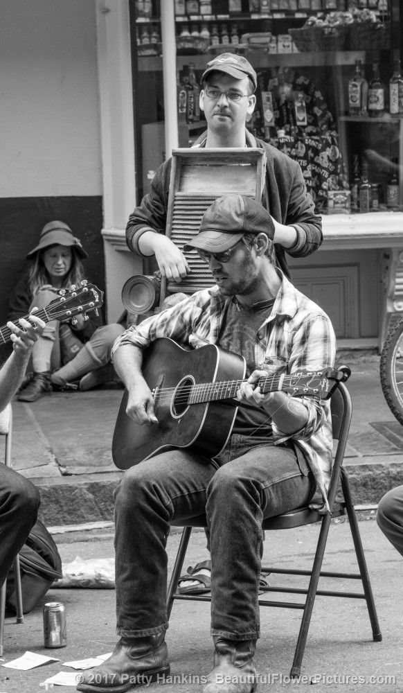 Guitar Player, French Quarter, New Orleans ©2017 Patty Hankins